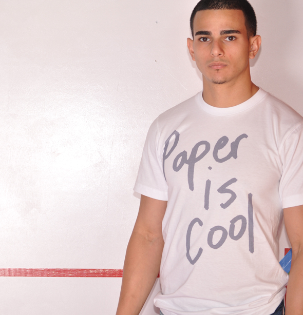pp.paperiscool.graphic.tee